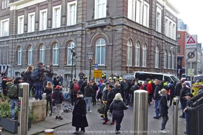 Freedom-210516-The-Hague-stop-position