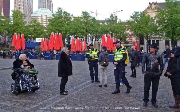 Freedom-210516-The-Hague-unlock