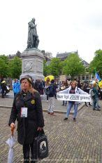 Freedom-210525-Den-Haag-border