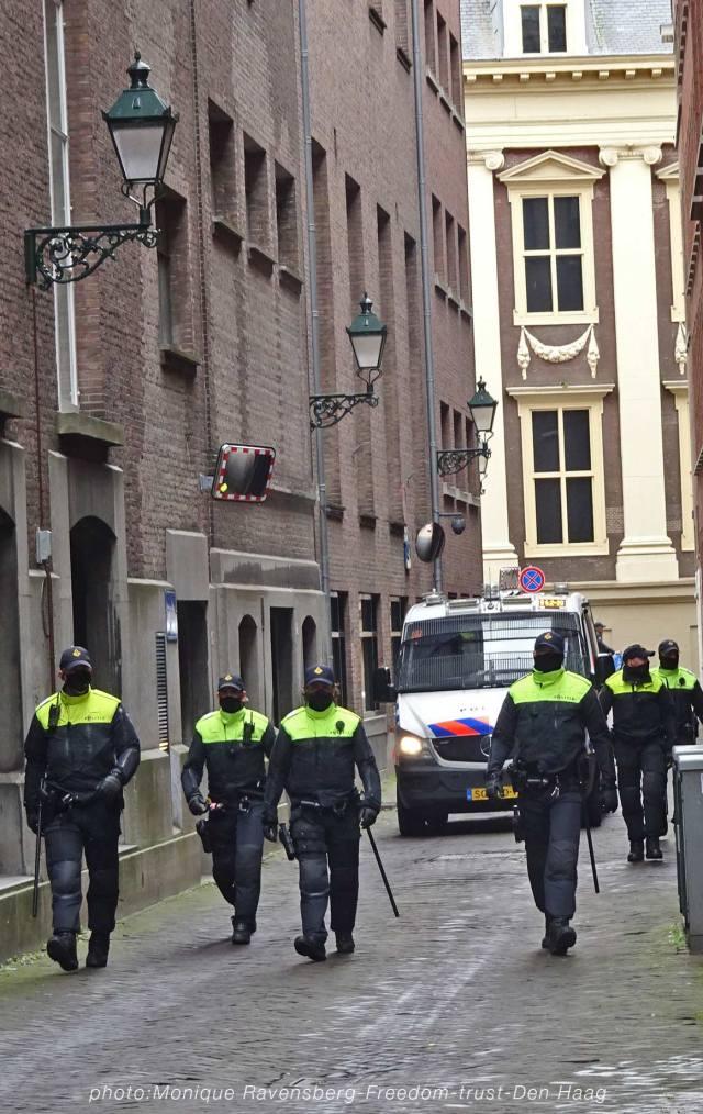 Freedom-210525-Den-Haag-hunt