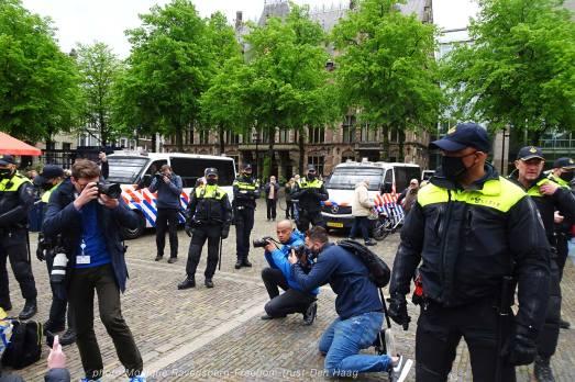 Freedom-210525-Den-Haag-old-media