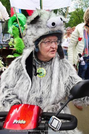 Freedom-210529-Rotterdam-grandma