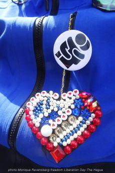 Freedom-Liberation-Day-Hug-&-heart