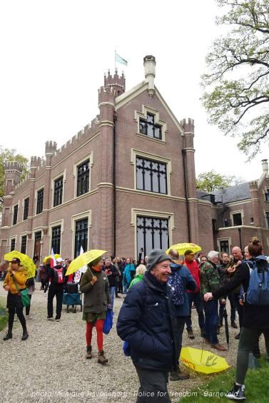 Freedom-Police-Barneveld-210508-castle
