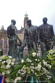freedom-rememberance-R'M-210504-floral-statue