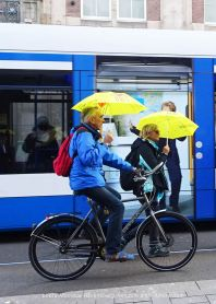 freedom-walk-A'M-210502-damrak-bike