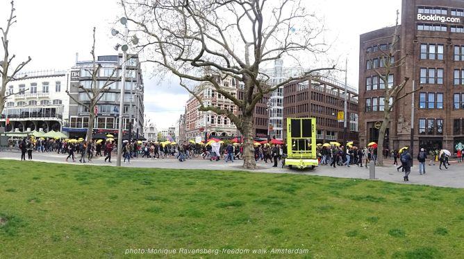 freedom-walk-A'M-210502-Rembrandplein-panorama
