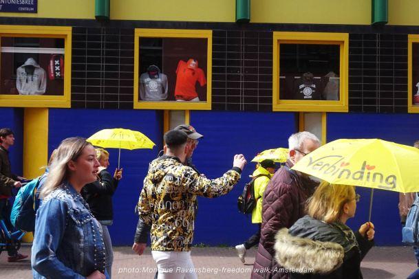 freedom-walk-A'M-210502-yellow&blue