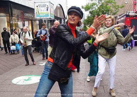 Dancer-encore-210604-Den-Haag-clap
