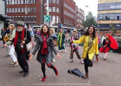 Dancer-encore-210604-Den-Haag-dance-on-the-square