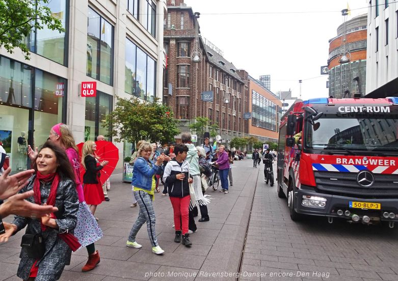 Dancer-encore-210604-Den-Haag-firebrigate