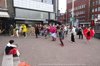 Dancer-encore-210604-Den-Haag-to-the-side