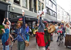 Dancer-encore-210604-Utrecht-applause