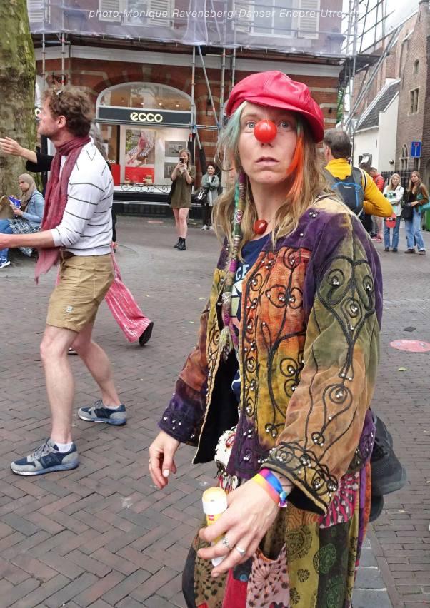 Dancer-encore-210604-Utrecht-clown2