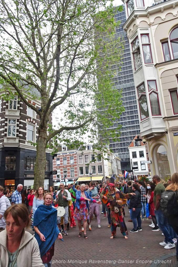 Dancer-encore-210604-Utrecht-coming