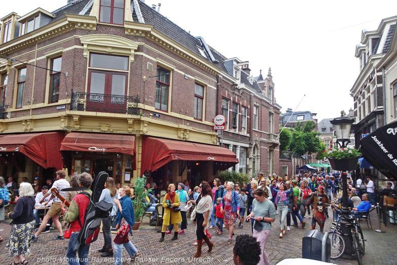 Dancer-encore-210604-Utrecht-corner1