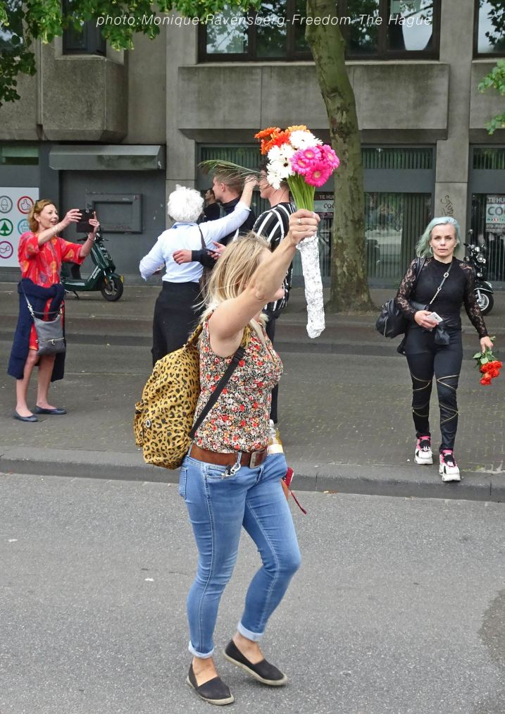Freedom-210620-The-Hague-flower-power