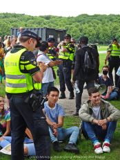 Freedom-210620-The-Hague-people-and-police2