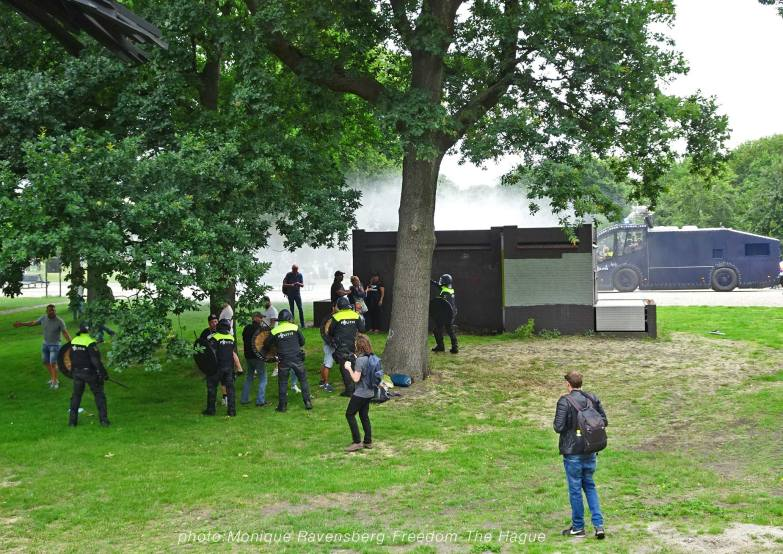 Freedom-210620-The-Hague-police-beat-up
