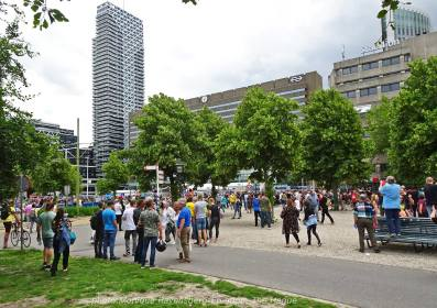 Freedom-210620-The-Hague-police-hostage