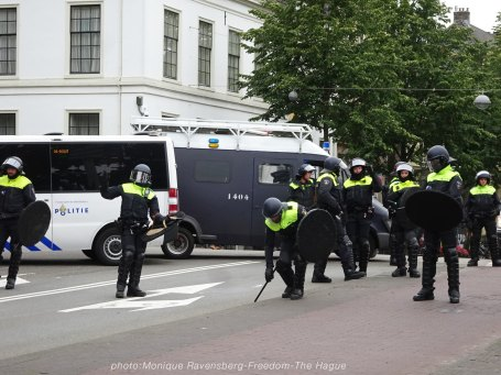 Freedom-210620-The-Hague-police-line