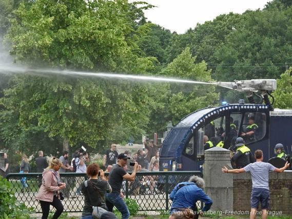 Freedom-210620-The-Hague-police-watershoot