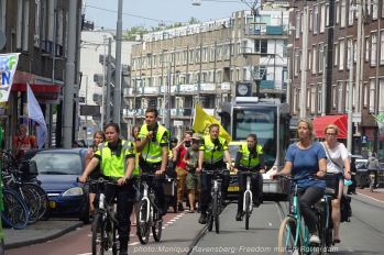 Freedom-210627-Rotterdam-young-officers