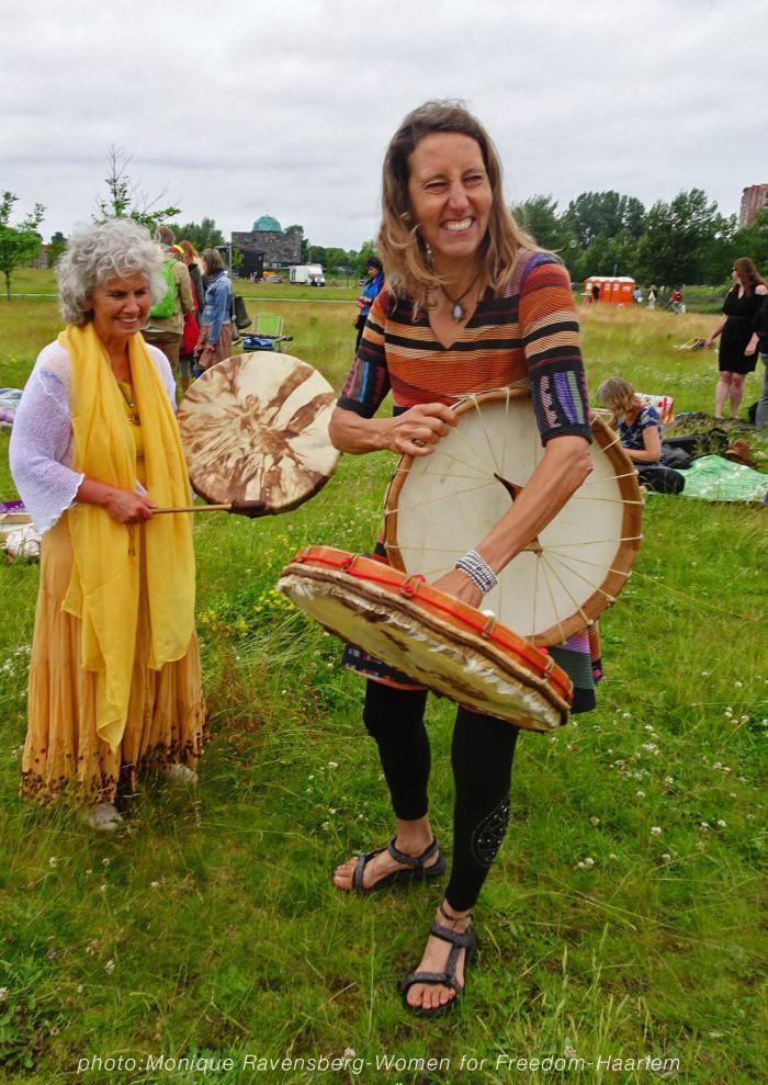 Vrouwen-Vrijheid-190621-drum-vrouwen