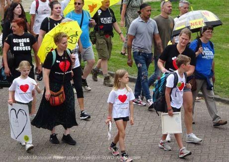 210724-freedom-WWD-A'm-march-children