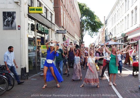 Dancer-encore-210718-Rotterdam-hands-up