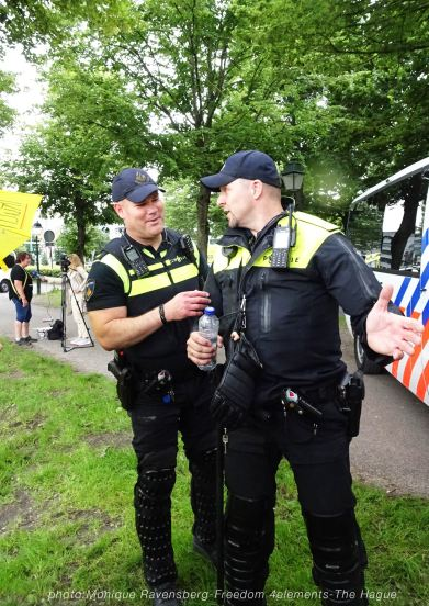 Freedom-210704-The-Hague-police-costume