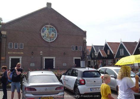 Freedom-210710-Urk-walk-2-church