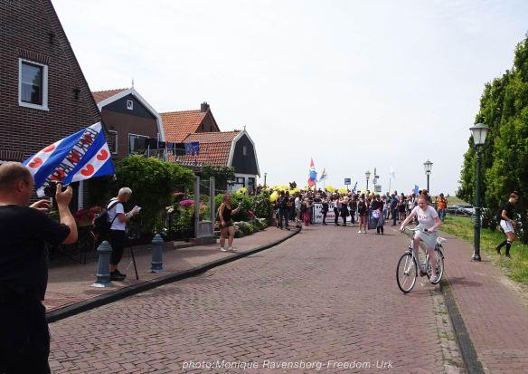Freedom-210710-Urk-walk-5-street