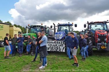 Freedom-Farmers-defend-The-Hague-farmers-2