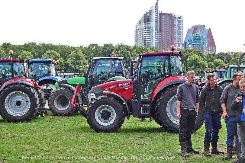 Freedom-Farmers-defend-The-Hague-farmers-4