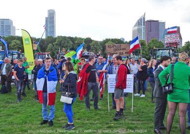 Freedom-Farmers-defend-The-Hague-farmers