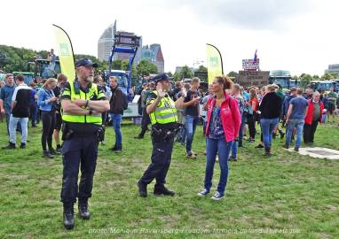 Freedom-Farmers-defend-The-Hague-police-talk-2