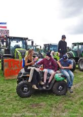 Freedom-Farmers-defend-The-Hague-squad