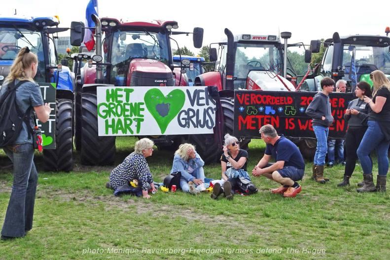 Freedom-Farmers-defend-The-Hague-talk