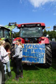 Freedom-Farmers-defend-The-Hague-trekkers