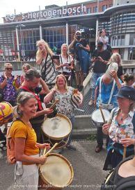 Freedom-210814-Den-Bosch-drum-on