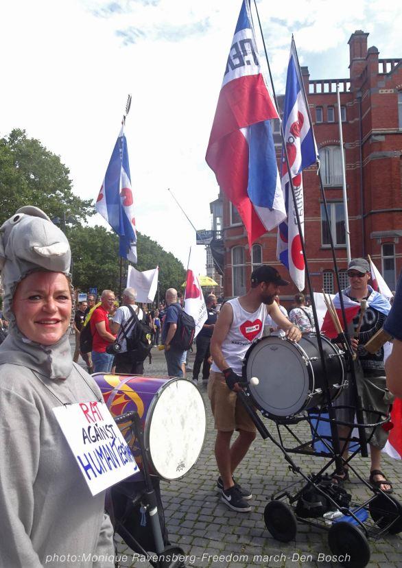 Freedom-210814-Den-Bosch-drums