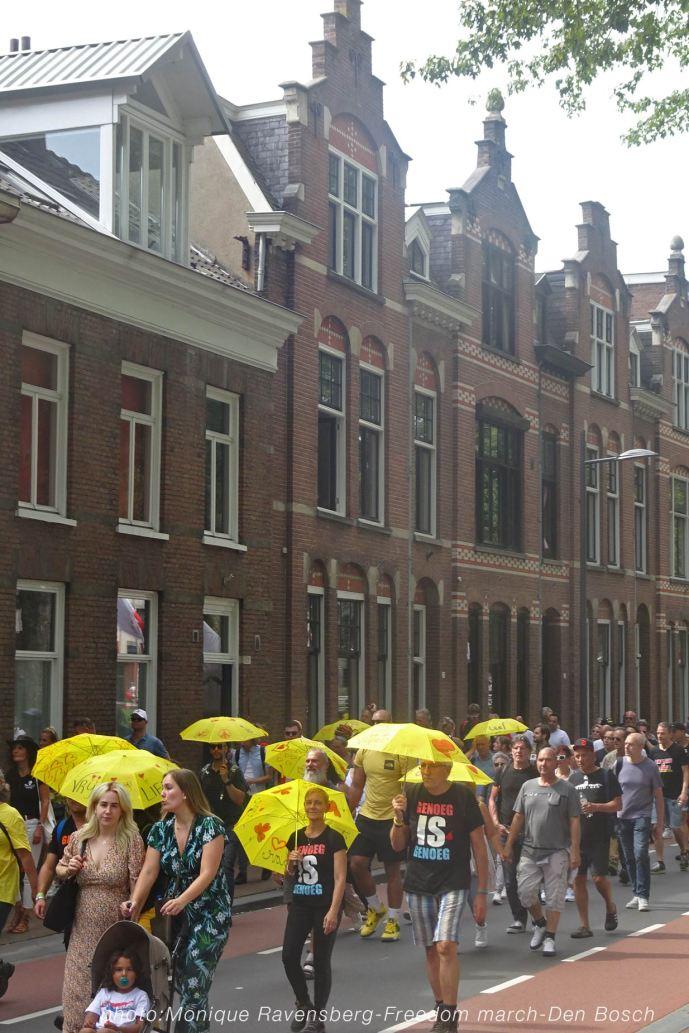 Freedom-210814-Den-Bosch-walk-on