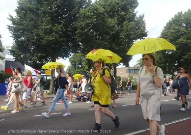 Freedom-210814-Den-Bosch-walk-on2