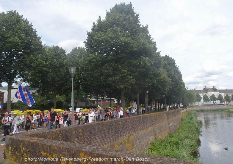 Freedom-210814-Den-Bosch-waterwall