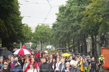 Freedom-210822-Antwerpen-crowd