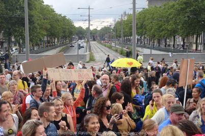 Freedom-210822-Antwerpen-crowd3