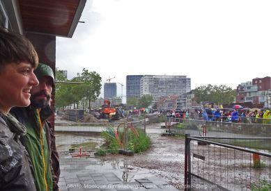 Freedom-210822-Antwerpen-rain-shelter-