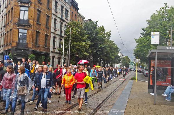 Freedom-210822-Antwerpen-tram-stop