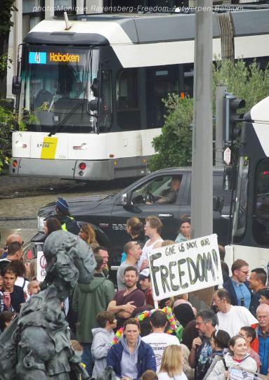 Freedom-210822-Antwerpen-tram2